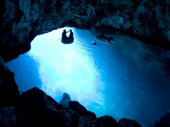 Bisevo_blue_cave_8