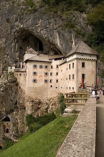 Castillo de Predjama, un clásico de Eslovenia